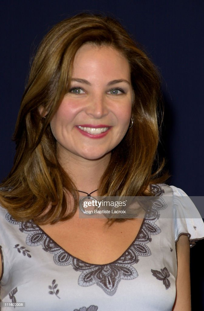 """Deauville 2002 - """"Kissing Jessica Stein"""" Photocall"""
