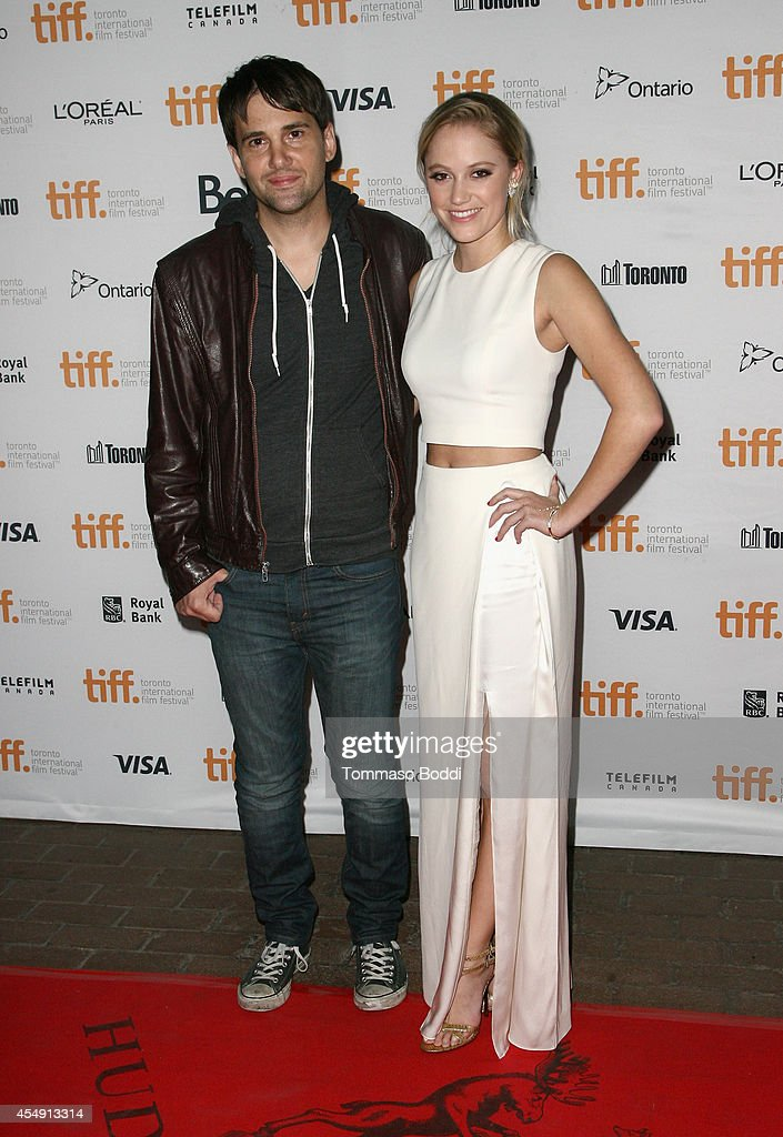 """It Follows"" Premiere - 2014 Toronto International Film Festival : Nachrichtenfoto"