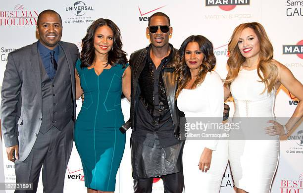 Writer/director Malcolm D Lee actors Sanaa Lathan singersongwriter R Kelly Nia Long and Melissa De Sousa attend The Best Man Holiday screening at...