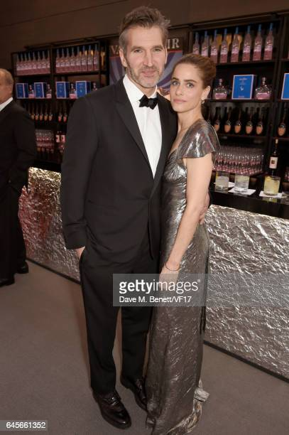 Writerproducer David Benioff and actor Amanda Peet attend the 2017 Vanity Fair Oscar Party hosted by Graydon Carter at Wallis Annenberg Center for...