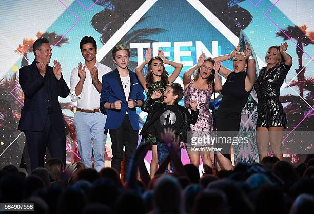 Writer/producer Jeff Franklin and actors John Stamos Michael Campion Soni Nicole Bringas Elias Harger Andrea Barber Jodie Sweetin and Jodie Sweetin...