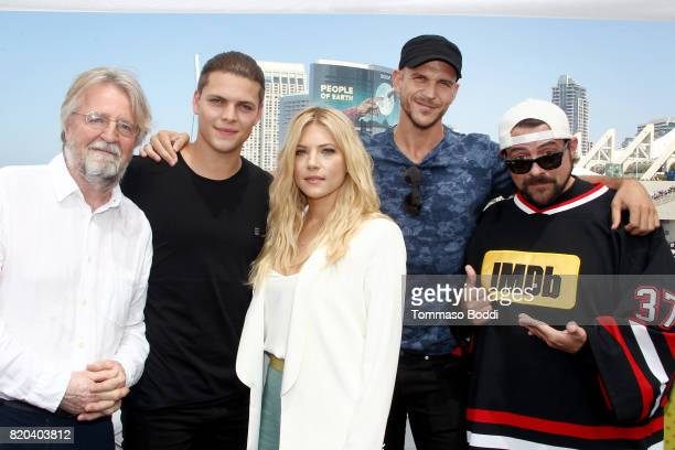 Writer/producer Michael Hirst actors Alex Hogh Anderson Katheryn Winnick Gustaf Skarsgard and host Kevin Smith on the #IMDboat at San Diego ComicCon...