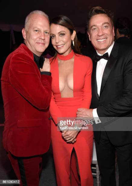 Writer/producer Ryan Murphy TV personality Bethenny Frankel and CAA's Kevin Huvane attend the amfAR Gala Los Angeles 2017 at Ron Burkle's Green Acres...