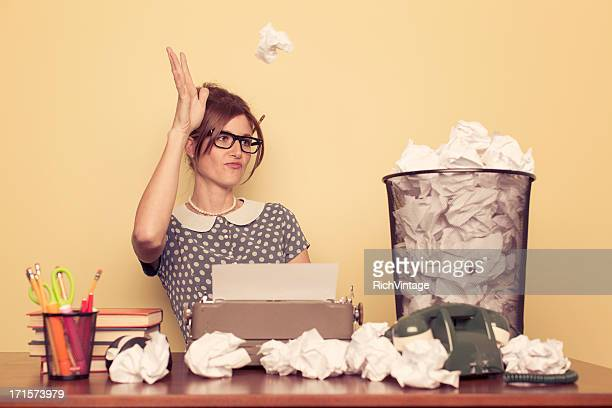 writer's cramp - authors stockfoto's en -beelden