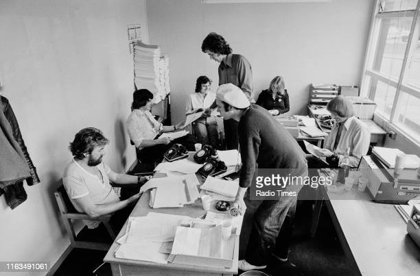 Writers Ian MacNaughton Michael Palin Terry Jones Neil Innes unknown unknown and Graham Chapman in a script conference for BBC television show 'Monty...