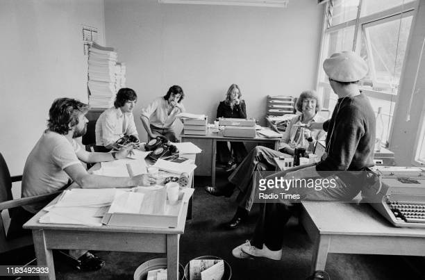 Writers Ian MacNaughton Michael Palin Terry Jones unknown Graham Chapman and Neil Innes in a script conference for BBC television show 'Monty...