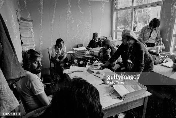 Writers Ian MacNaughton Terry Jones unknown Graham Chpman Neil Innes and Michael Palin in a script conference for BBC television show 'Monty Python's...