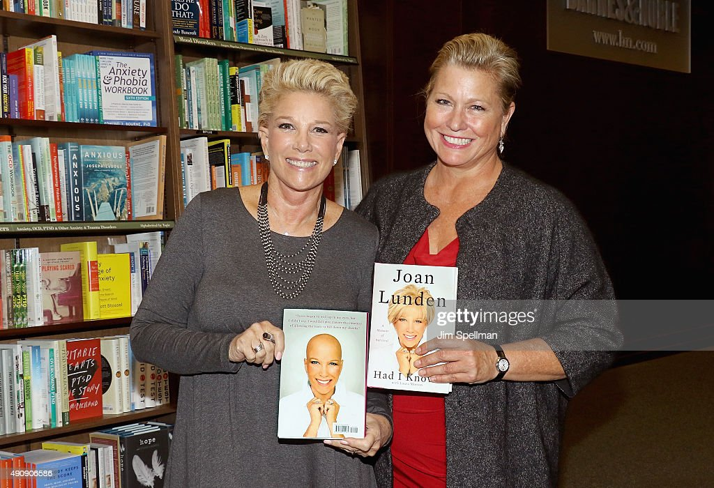 """Joan Lunden Signs Copies Of Her New Book """"Had I Known"""" : News Photo"""