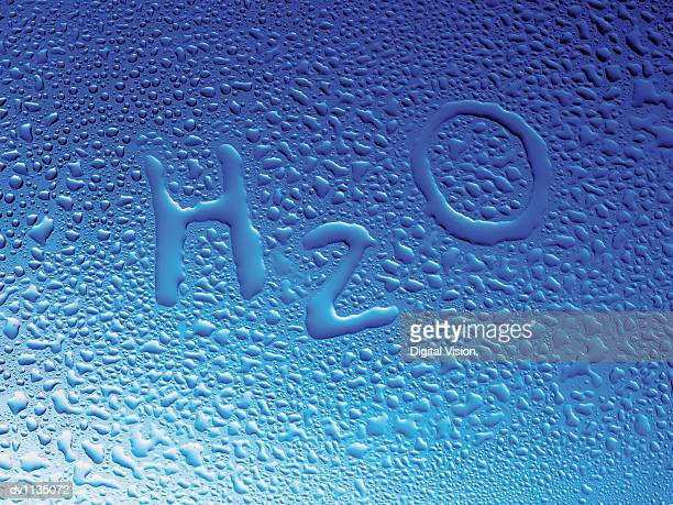 H2O Written in Condensation on Glass