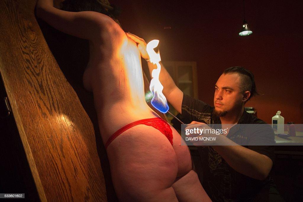 Adult erotica glory holes
