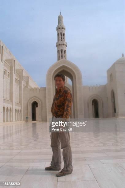 Traumschiff Folge 49 Oman Episode 1 Wunschkind Muscat/Oman/Arabien Grosse Moschee von Sultan Qaboos Schauspieler Golf von Oman Arabischer Staat...