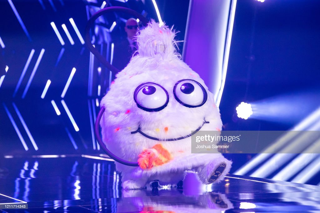 """The Masked Singer"" First Live-Show In Cologne : Nachrichtenfoto"
