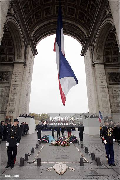 Wwi Armistice Day Ceremony At The Arc De Triomphe, On The Top Of Paris Champs Elysees - On November 11Th, 2005 - In Paris, France - Here, Guards Of...