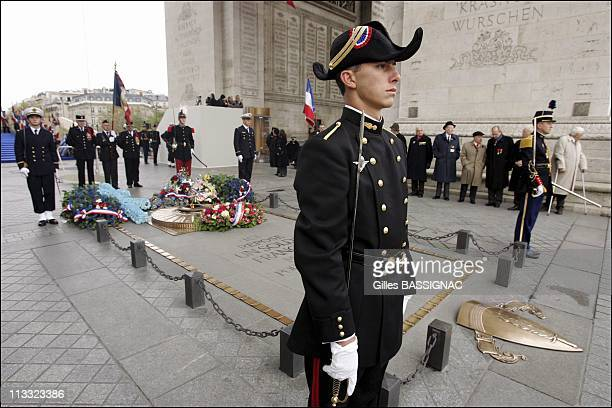 Wwi Armistice Day Ceremony At The Arc De Triomphe, On The Top Of Paris Champs Elysees, - On November 11Th, 2005 - In Paris, France - Here, Guards Of...