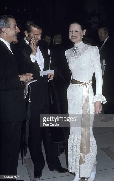 Wyatt Cooper Gloria Vanderbilt and guest