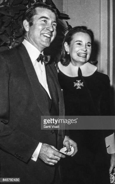 Wyatt Cooper with wife Gloria Vanderbilt at Truman Capote BW Ball on November 28 1966 in New York New York