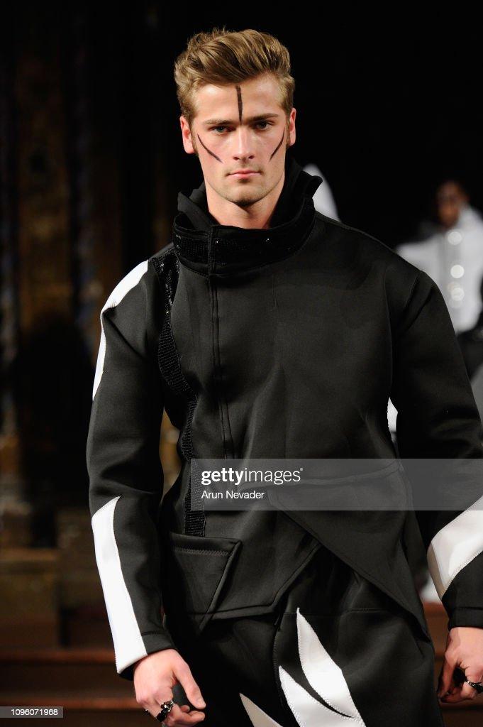 BURNING GUITARS At New York Fashion Week Powered By Art Hearts Fashion NYFW : News Photo