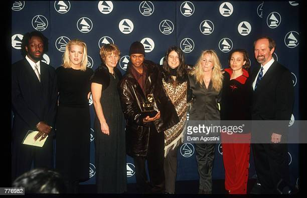 Wyclef Jean Diana Krall Shawn Colvin Usher Paula Cole Deanna Carter Fiona Apple And Michael Green pose for a picture January 6 1998 in New York City...