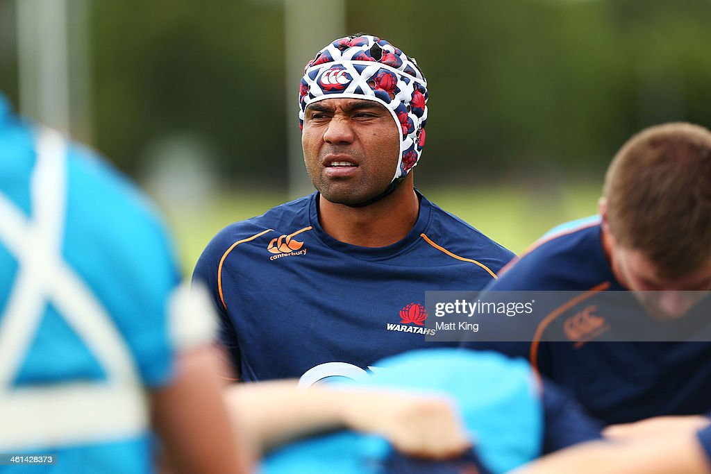 Wycliff Palu prepares to pack down during a Waratahs Super Rugby training sesssion at Moore Park on January 9, 2014 in Sydney, Australia.