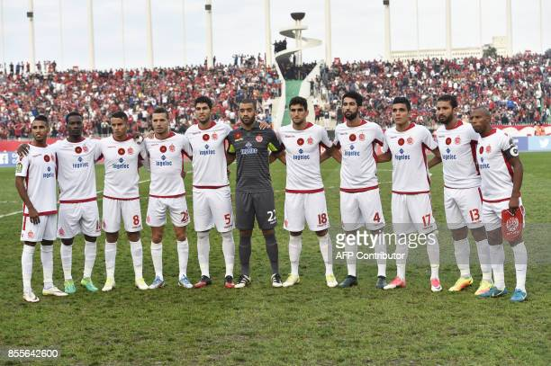 Wydad Athletic Club players pose prior to the CAF Champions League semifinal football match between Algiers' USM Alger and Casablanca's Wydad AC at...