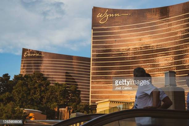 wynn and encore hotels in las vegas, nevada - wynn las vegas stock pictures, royalty-free photos & images