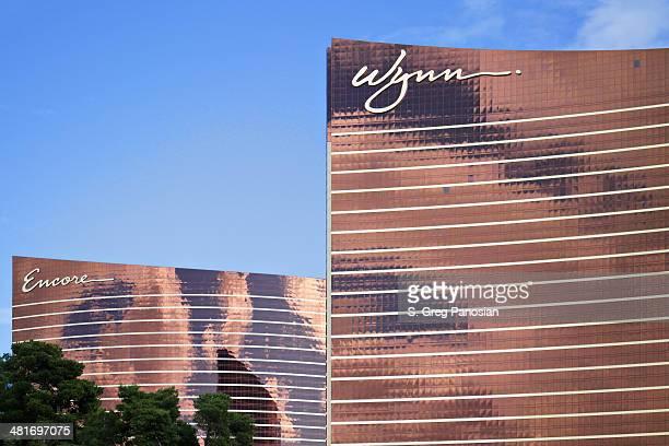 wynn and encore - las vegas - wynn las vegas stock pictures, royalty-free photos & images