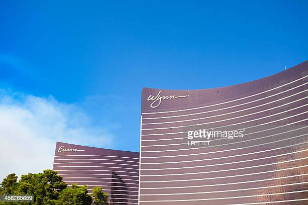 wynn and encore - wynn las vegas stock pictures, royalty-free photos & images