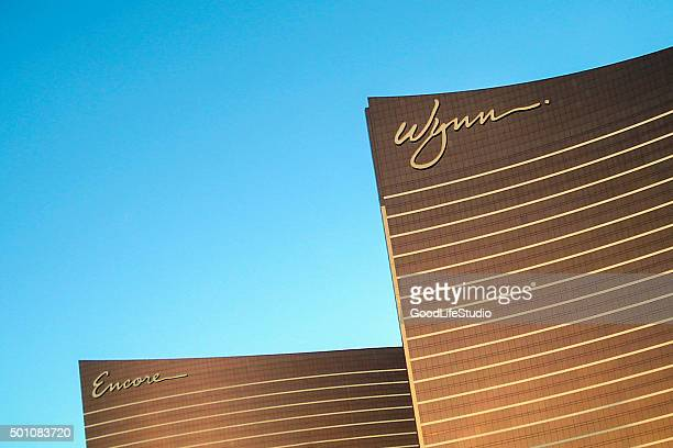 wynn hotel las vegas - wynn las vegas stock pictures, royalty-free photos & images
