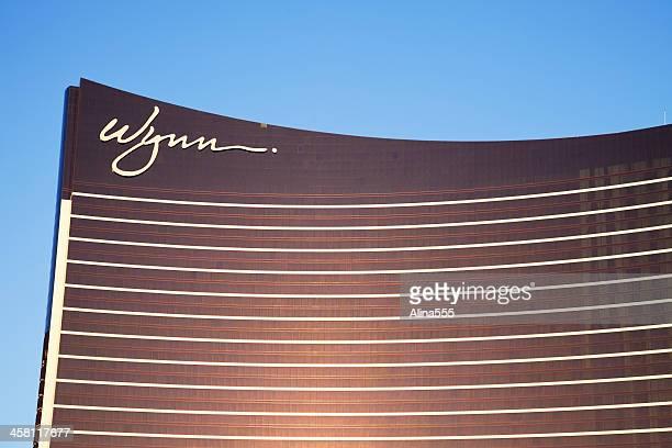 wynn luxury resort in las vegas - wynn las vegas stock pictures, royalty-free photos & images