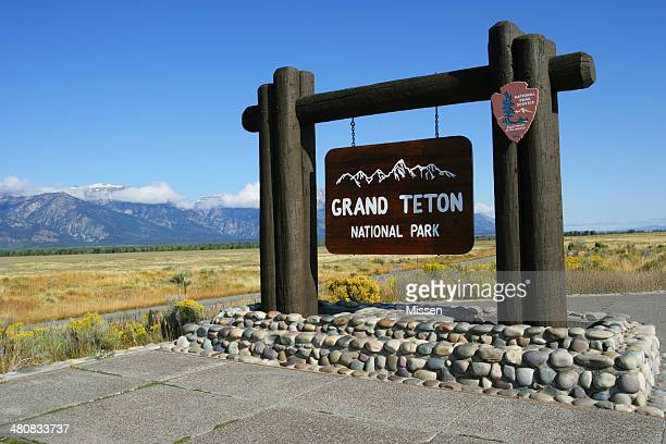 usa, wyoming, grand teton national park sign - grand teton national park stock pictures, royalty-free photos & images