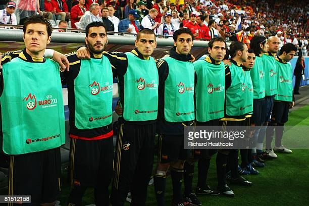 Xabi Alonso Daniel Guiza Juanito Gutierrez Alvaro Arbeloa and Fernando Navarro of Spain look on during the UEFA EURO 2008 Group D match between Spain...