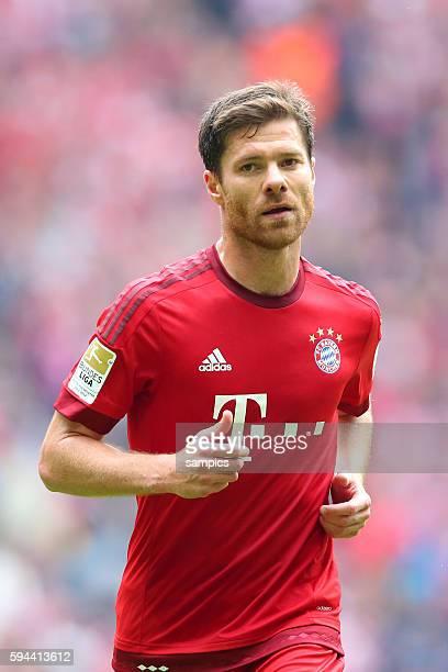 Xabi Alonso FC Bayern München FC Bayern München - Mainz 05 1 Fussball Bundesliga Saison 2014 / 2015