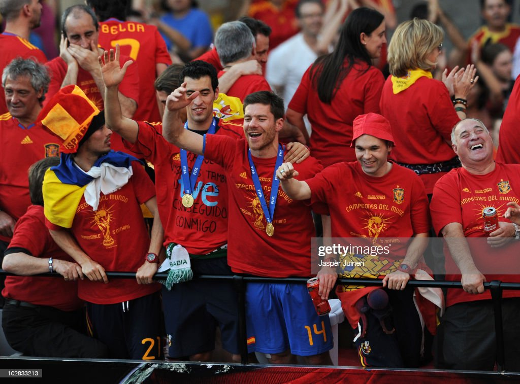 FIFA 2010 World Cup Champions Spain Victory Parade And Celebrations : News Photo
