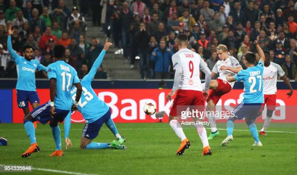 Xaver Schlager of Red Bull Salzburg scores the 2nd Salzburg goal during the UEFA Europa Semi Final Second leg match between FC Red Bull Salzburg and...