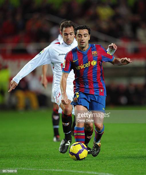 Xavi Hernandez of Barcelona in action during the last 16 second leg Copa del Rey match between Barcelona and Sevilla at the Ramon Sanchez Pizjuan...