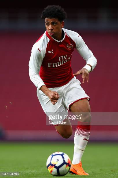 Xavier Amaechi of Arsenal in action during the FA Youth Cup Semi Final 2nd Leg match between Arsenal and Blackpool at Emirates Stadium on April 16...