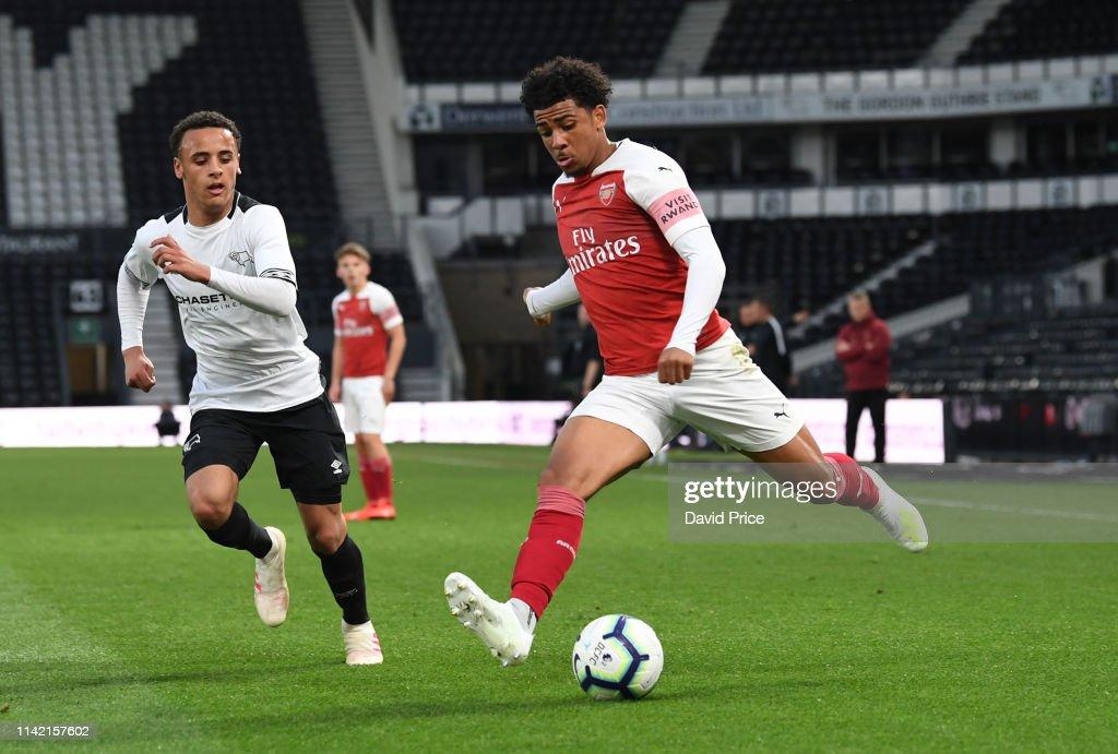 Derby County v Arsenal: U18 Premier League Playoff Final : Foto di attualità