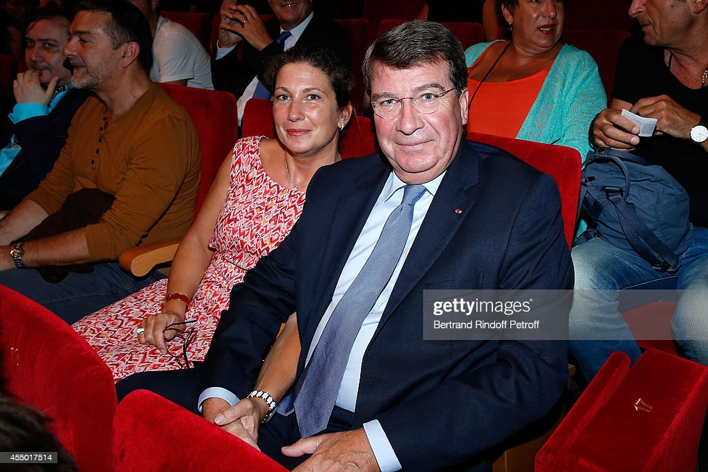 Xavier Darcos (R) and his wife Laure Darcos attend the 'Breves de Comptoir' : movie premiere at Theatre du Rond Point on September 8, 2014 in Paris, France.