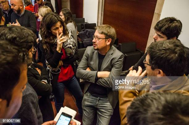 Xavier Domenèch speaks with journalists after the press conference ended Xavier Domenèch deputy for Catalunya en Comú has presented a motion for a...