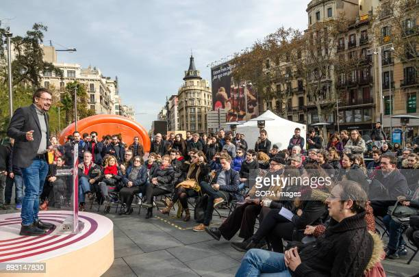 Xavier Domènech surrounded by public during his speech Equidistant from the proindependence bloc and Spanish unionist block Catalunya en ComúPodem is...