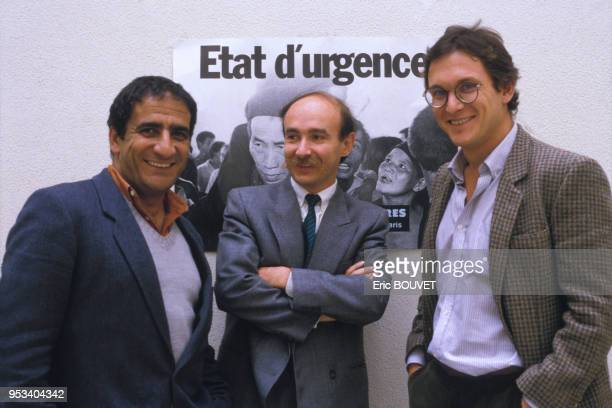Xavier Emmanuelli, Claude Malhuret et Rony Brauman chez Médecins Sans Frontières 'MSF' en novembre 1999 à paris, France.