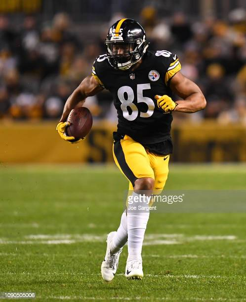 Xavier Grimble of the Pittsburgh Steelers in action during the game against the Cincinnati Bengals at Heinz Field on December 30, 2018 in Pittsburgh,...