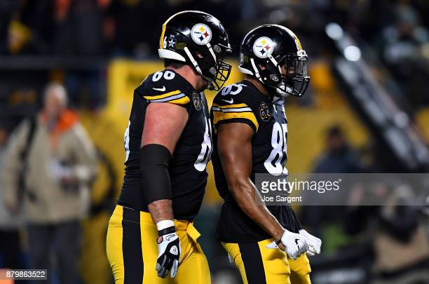 Xavier Grimble of the Pittsburgh Steelers reacts after a 1 yard touchdown rec/ in the first quarter during the game against the Green Bay Packers at...