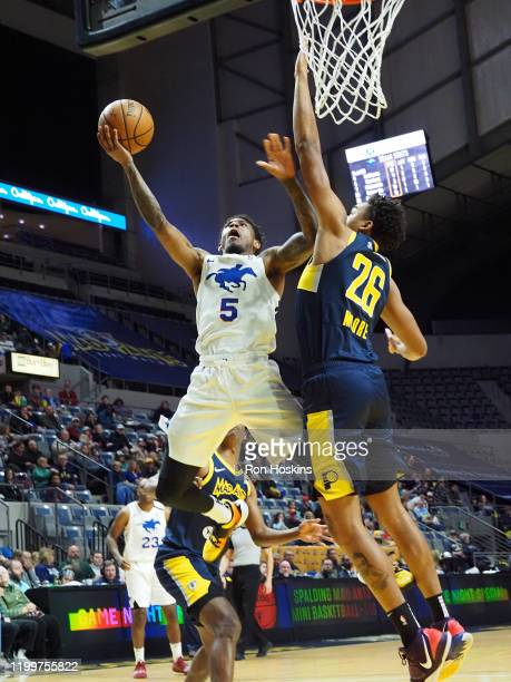 Xavier Munford of the Delaware Blue Coats shoots the ball against the Fort Wayne Mad Ants on February 09 2020 at Memorial Coliseum in Fort Wayne...