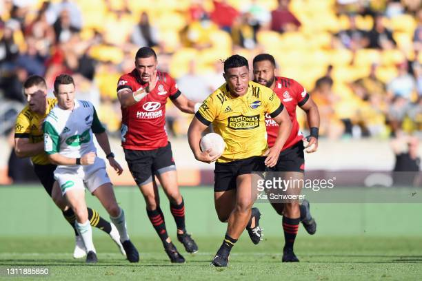 Xavier Numia of the Hurricanes charges forward during the round seven Super Rugby Aotearoa match between the Hurricanes and the Crusaders at Sky...