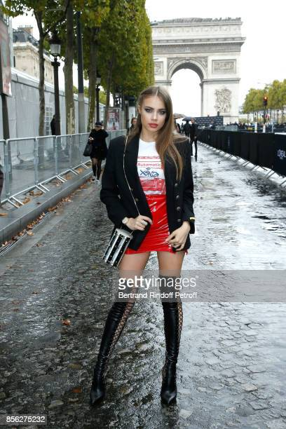 Xenia Tchoumitcheva attends 'Le Defile L'Oreal Paris show' as part of the Paris Fashion Week Womenswear Spring/Summer 2018 on October 1 2017 in Paris...