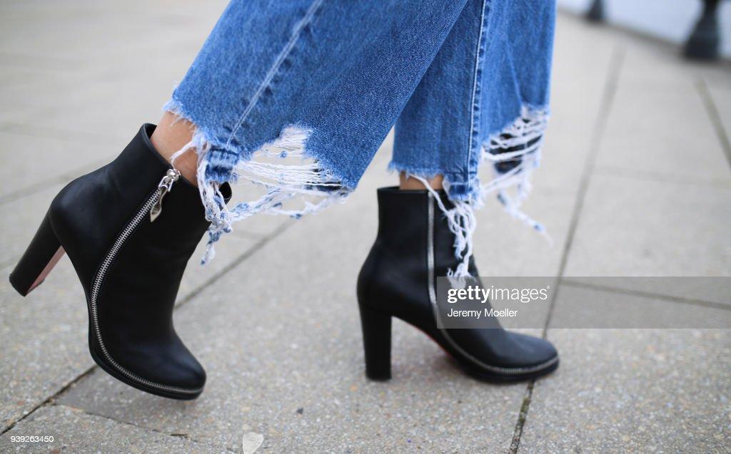Street Style In Hamburg - March 27, 2018 : News Photo