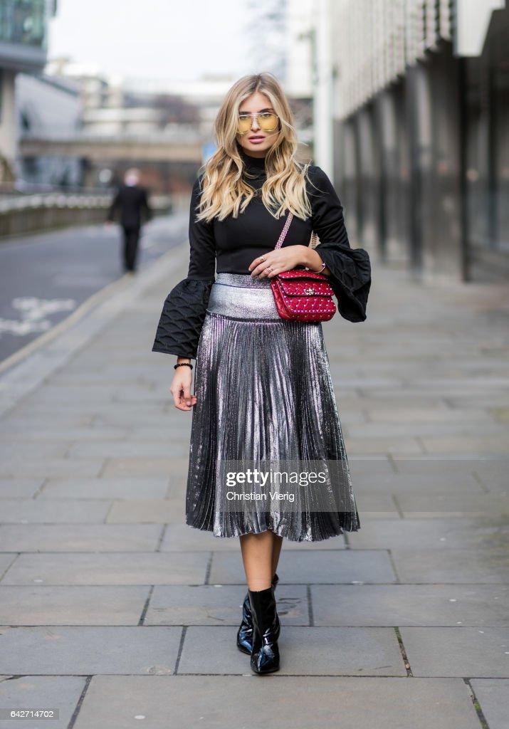 Street Style: Day 2 - LFW February 2017 : News Photo