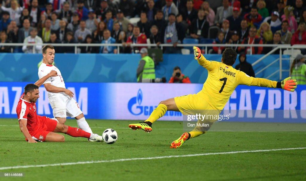 Serbia v Switzerland: Group E - 2018 FIFA World Cup Russia : Foto jornalística