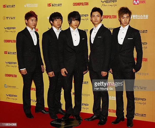 Xiah Junsu Micky Yoochun Hero Jaejoong Max Changmin and Uknow Yunho of Dong Bang Shin Ki attend the Golden Disk Awards 2008 at Olympic Hall on...
